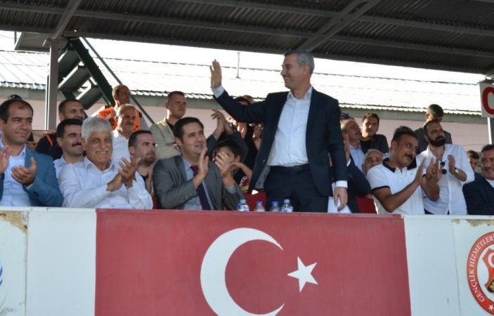 Başkan Çınar Talimatı Verdi, Yeşilyurt Belediyespor'a Yeni Saha Geliyor