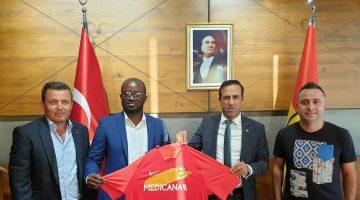 Gana Futbol Federasyonu Başkanından Kulübümüze Ziyaret