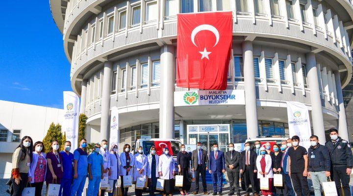 Başkan Gürkan: Sağlık Çalışanlarımız Pandemi Sürecinde Büyük Fedakârlık Gösterdi, Göstermeye De Devam Ediyor