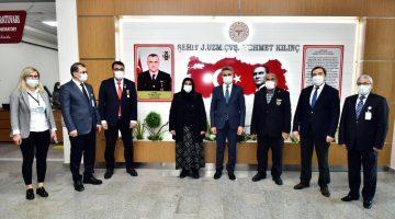 Vali Baruş Şehit Mehmet Kılınç'ın Ailesi ile Ağız ve Diş Sağlığı Hastanesini Ziyaret Etti