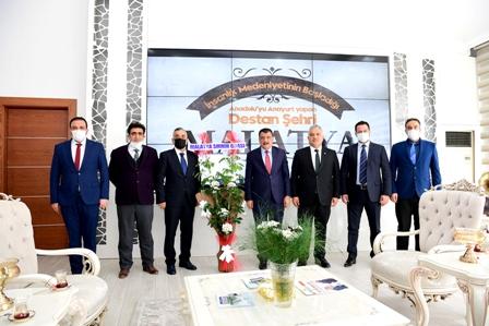 Malatya'da Muhasebeciler Odası'ndan Başkan Gürkan'a ziyaret