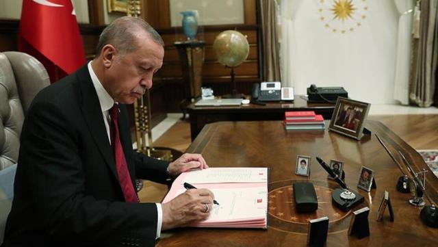 Cumhurbaşkanı Erdoğan birden fazla görev alanların sayısını azaltacak
