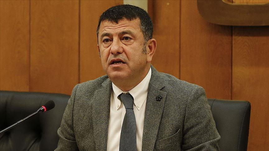 CHP'den Belediyeler Eliyle Yurtdışına Kaçanlar İçin Araştırma Önergesi