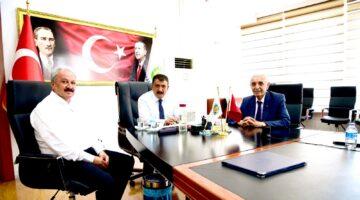 """Başkan Evren """" Büyükşehir Belediye Başkanı Gürkan'ı Başarılı çalışmalardan dolayı Kutluyorum"""""""