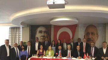 """Ağbaba """"Gençlerin Yarısı İşsiz, AKP'li İsimler Çifter Çifter Maaş Alıyor"""""""
