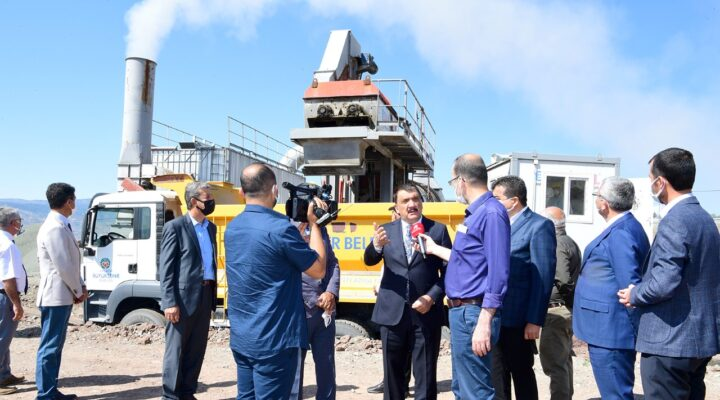 Mobil Plent Tesisini Ziyaret Eden Başkan Gürkan  'Ekiplerimiz Hizmet Destanları Yazıyor'