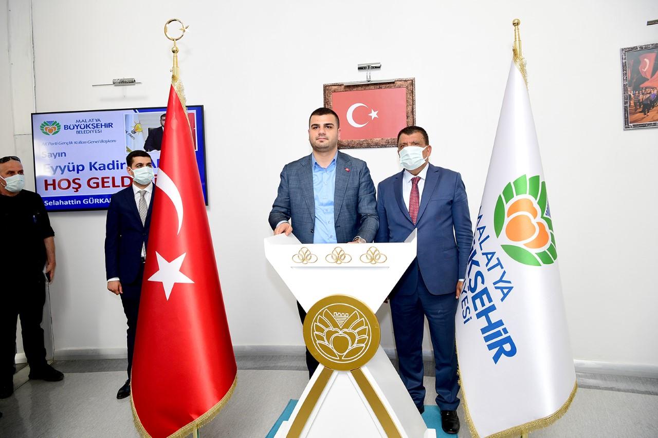 """Ak Parti Gençlik Kolları Genel Başkanı İnan: """"Başkanımızın Malatya'ya Yaptığı Hizmetlerle Gurur Duyuyoruz"""""""