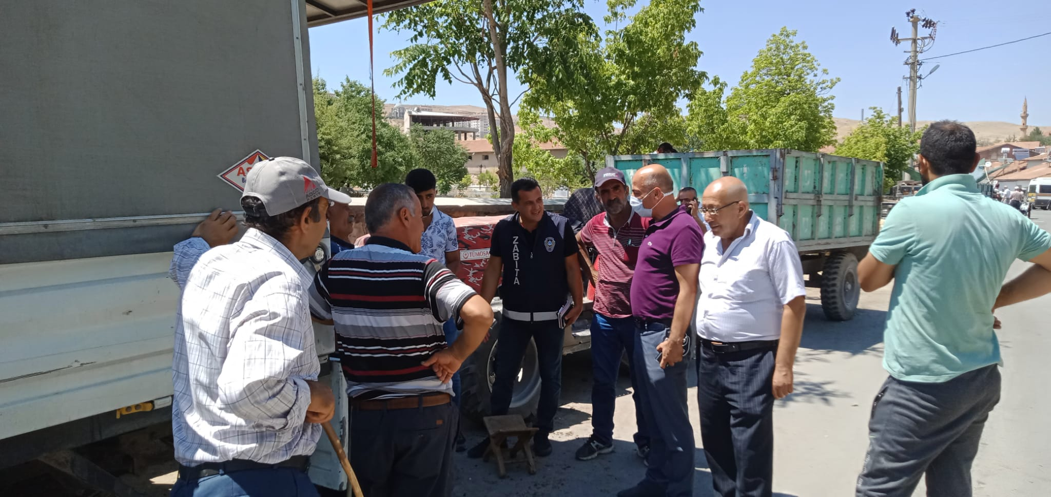 Akçadağ Belediye Başkan Yardımcısı Işık'dan Kurban Satış noktasına ziyaret