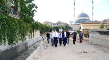 Başkan Gürkan ve Vali Baruş Kernek Meydanı'nda İncelemede Bulundu