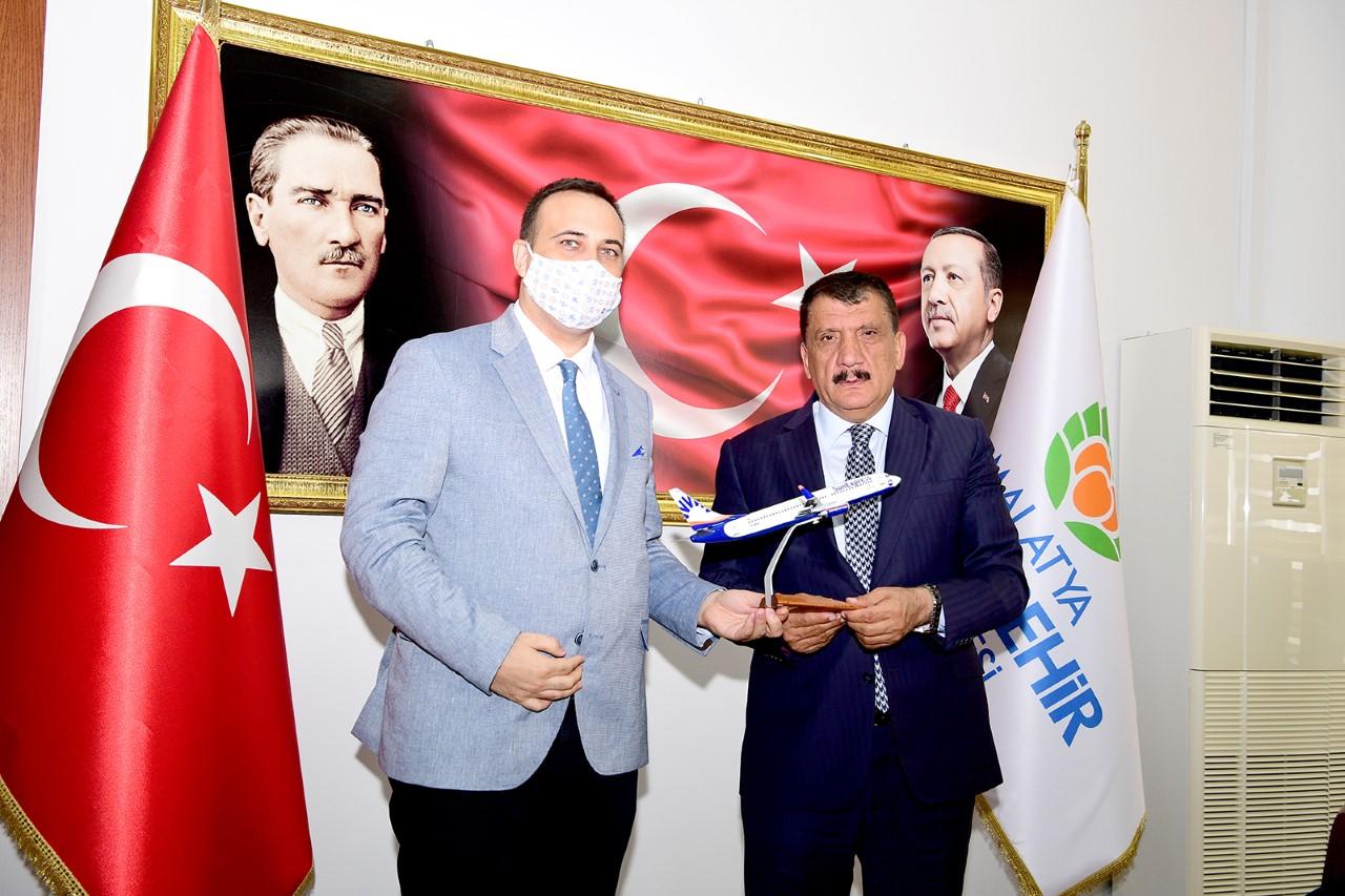 Sunexpress Anadolu Bölge Müdürü Özpekin'den Başkan Gürkan'a Ziyaret