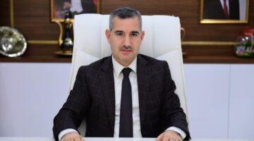 Gri pasaport skandalıyla gündem olan AKP'li Başkan 950 bin TL'ye ekrana çıkacak