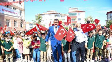 Başkan Gürkan, İlköğretim Haftası Etkinliklerine Katıldı